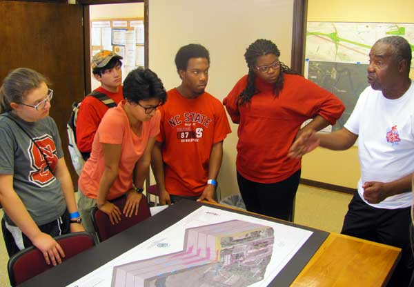 Tour Exposes Students To Intersection of Environment, Equity